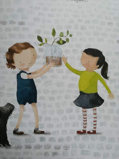 Mara pokazuje biljku prijateljici