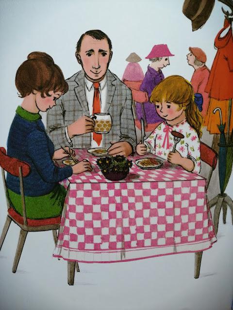Sofija, mama i tata u restoranu