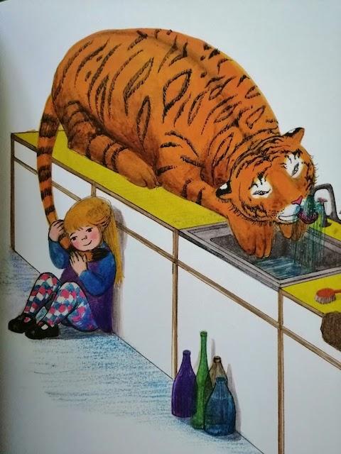 tigar pije vodu iz slavine
